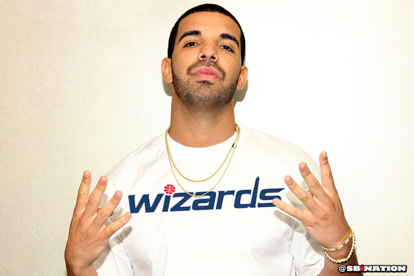 Drake in Washington Wizards gear