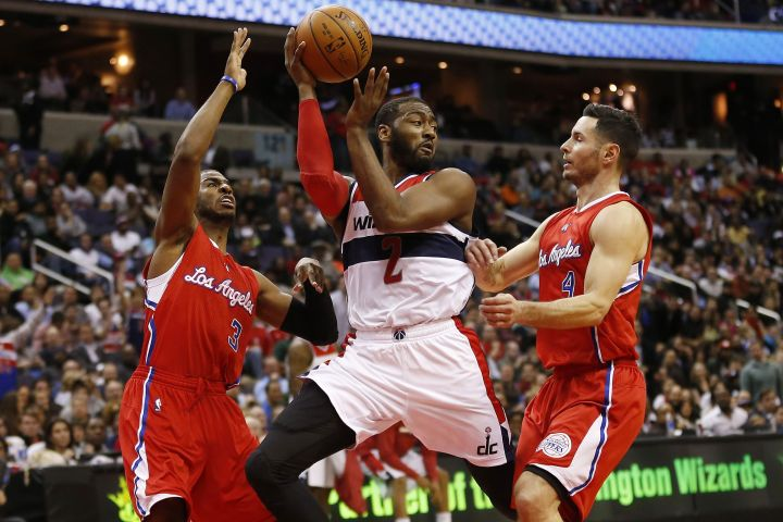 NBA Blog - John Wall passes against Los Angeles Clippers