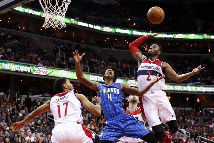 Washington Wizards' NBA Blog - Elfrid Payton drives against Wizards