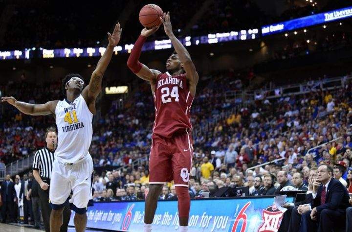 Buddy Hield 2016 NBA Draft - Steph Curry Comparison